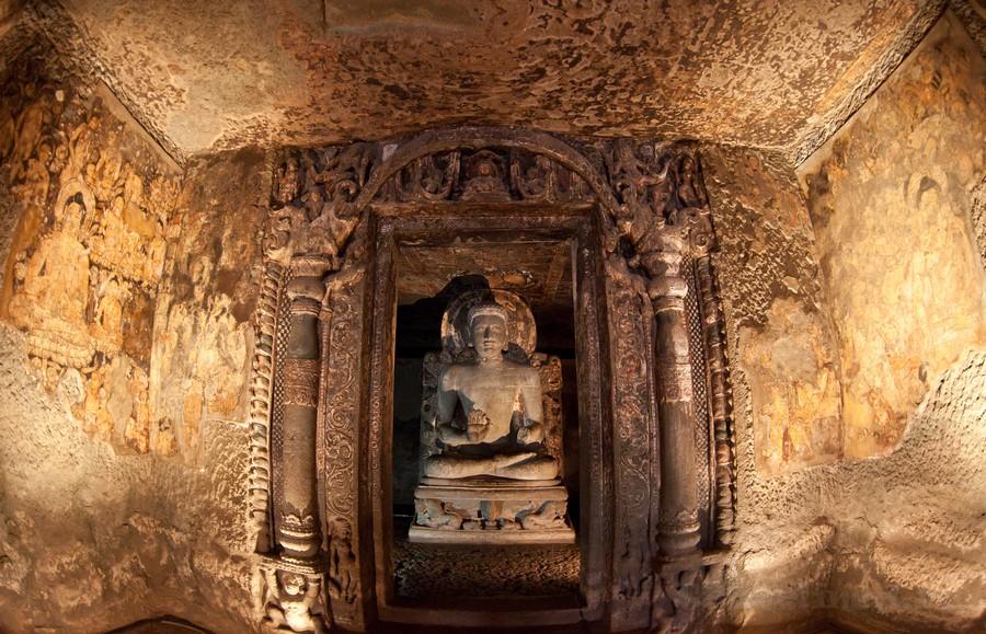 скульптуры Аджаты