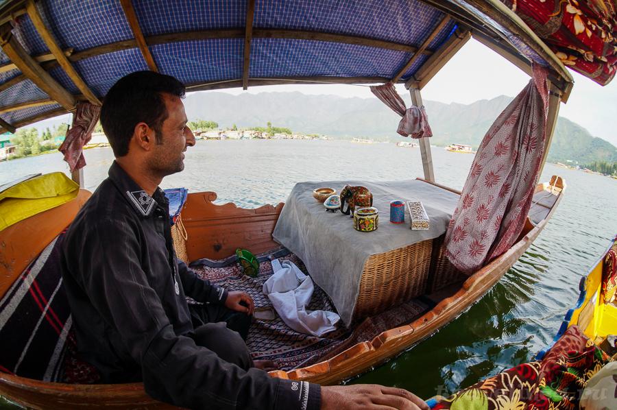 Озеро Дал. Шринагар
