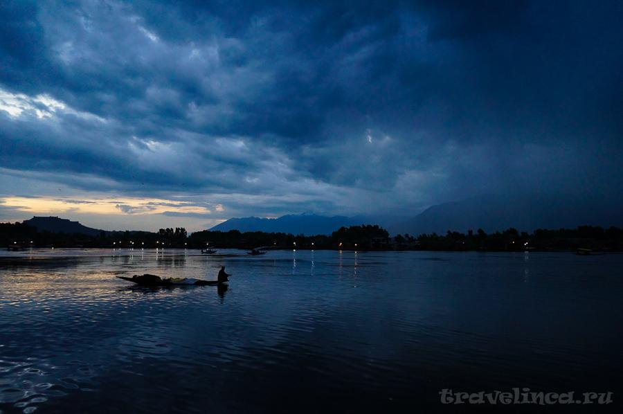 Озеро Дал. Шри Нагар