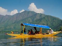 Озеро Дал в Шринагаре