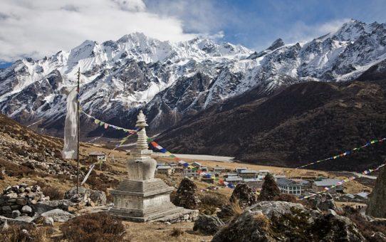 Треккинг в долину Лангтанг в Непале