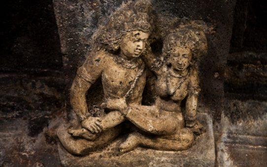 Пещерные Храмы Аджанта и Эллора в Индии
